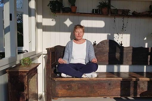 Het draaibaar tuinhuisje, Zonnehuisje, als meditatieruimte